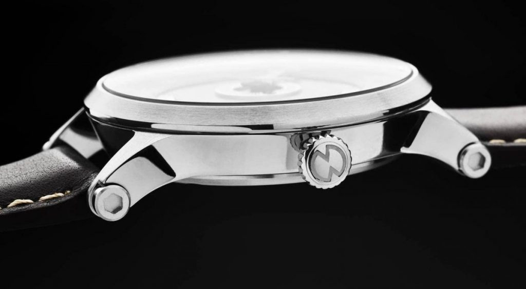 Snglrty watch side view