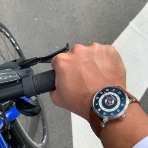 SNGLRTY OHI4 being worn by a customer while riding his bicycle